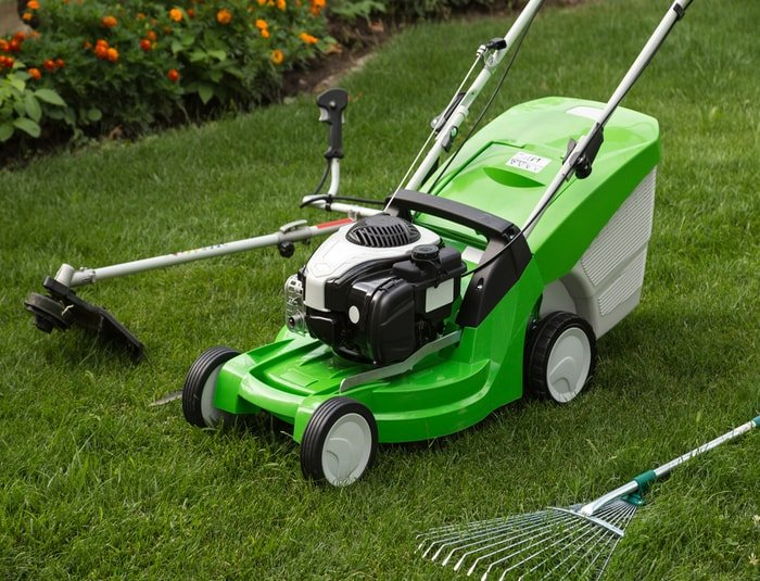 Equipments needed for lawn care business